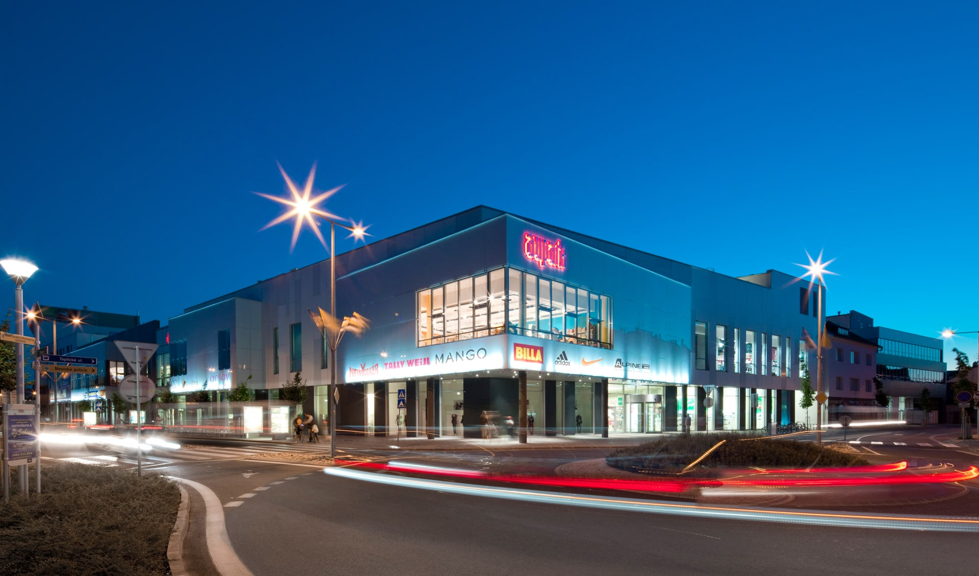 dc0979233b Investičný fond HB Reavis CE REIF predal Aupark Piešťany spoločnosti ...